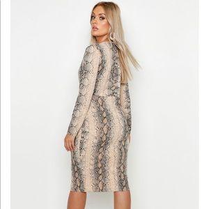 Boohoo Plus Dresses - Snake print midi dress
